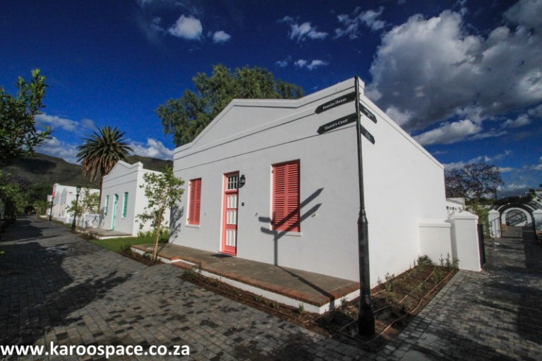 KAROO DIARY: Graaff-Reinet's Drostdy Hotel Comes Alive!