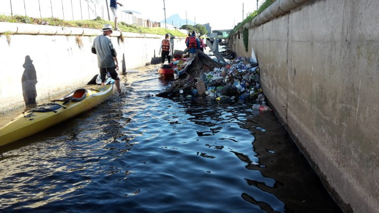 Paddlers Highlight Agony and Ecstasy of Cape Town Waterways
