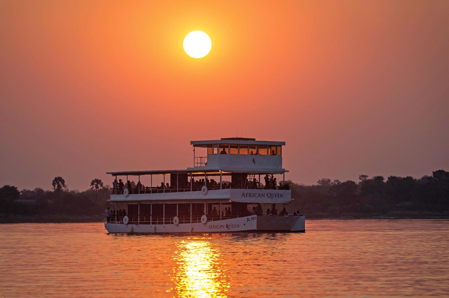 african queen zambezi river riverboat travel
