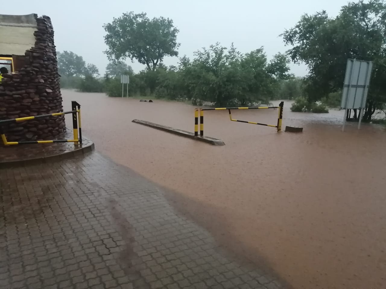 punda maria gate kruger national park south africa heavy rain flooding