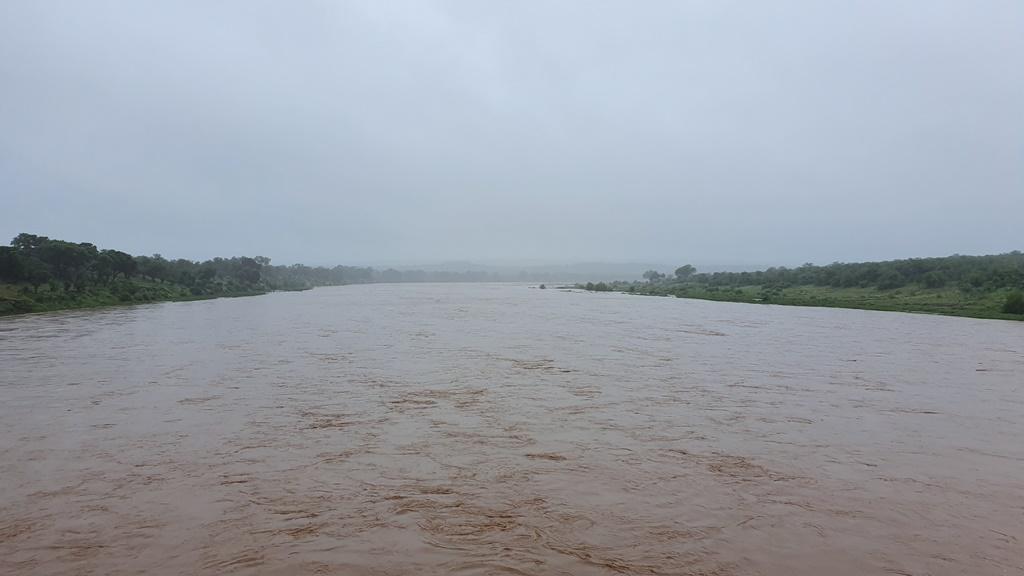 letaba river south africa kruger national park heavy rains