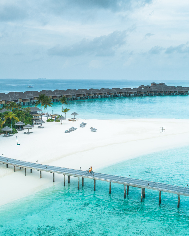 vakkaru resort island maldives overwater travel