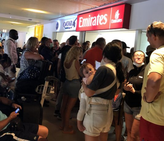 emirates queue south african abroad before lockdown