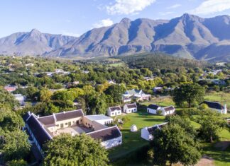 swellendam south africa travel tourism mountains