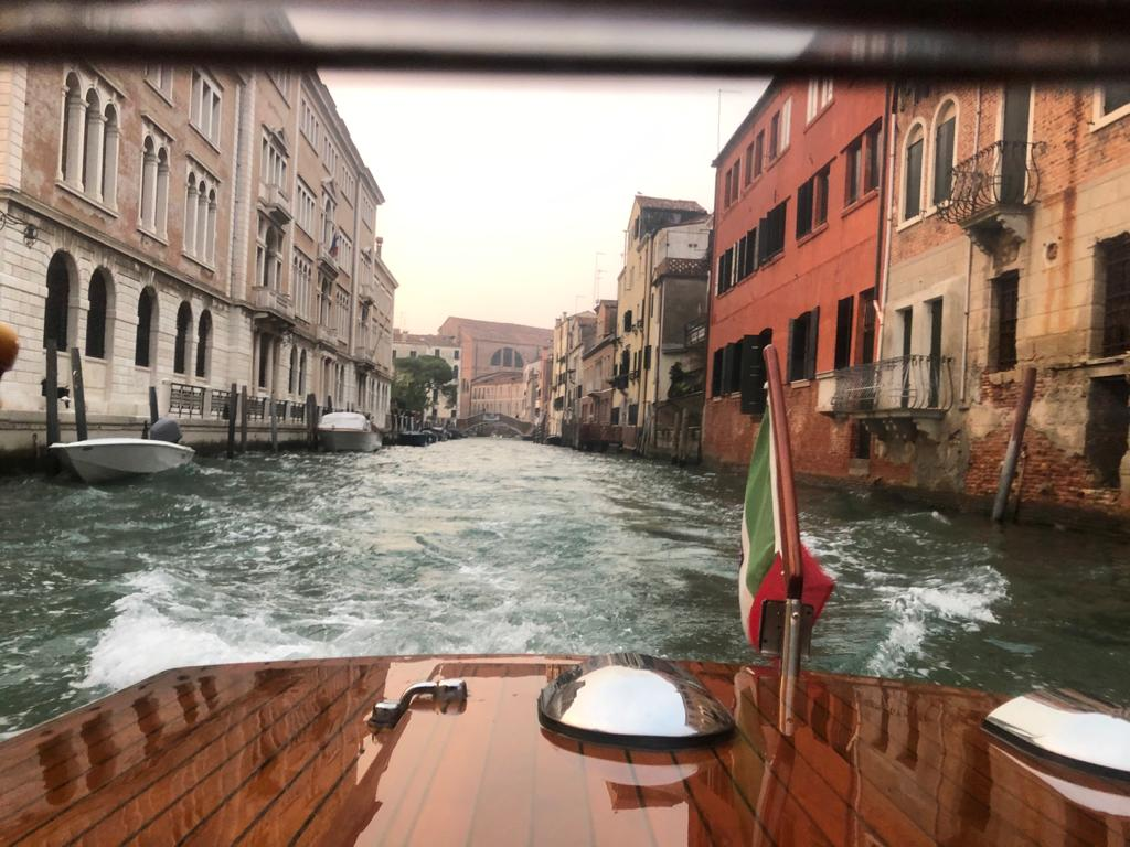 venice empty canals 5