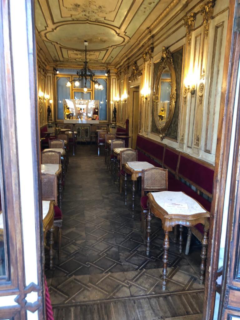 venice florian restaurant empty